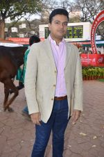 at Poonawala breeders Multi Million race in Mumbai on 26th Feb 2012 (174).JPG