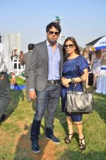 shane and falguni peacock at Poonawala breeders Multi Million race in Mumbai on 26th Feb 2012.JPG