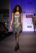Model walks the ramp for Anand  Bhushan, Dev r Nil at Wills Lifestyle India Fashion Week Autumn Winter 2012 Day 3 on 17th Feb 2012 (5).JPG