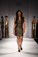 Narmada Govinda walks the ramp for Mynah_s Reynu Tandon at Wills Lifestyle India Fashion Week Autumn Winter 2012 Day 5 on 19th Feb 2012 (2).JPG