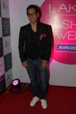 at Lakme fashion week opening bash in Blue Frog on 1st March 2012 (115).JPG