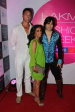 at Lakme fashion week opening bash in Blue Frog on 1st March 2012 (14).JPG