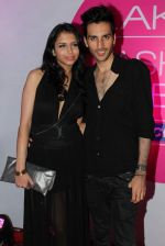 at Lakme fashion week opening bash in Blue Frog on 1st March 2012 (50).JPG
