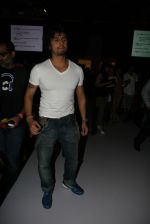 Sonu Nigam at Khushali Kumar Show at lakme fashion week 2012 in Grand Hyatt, Mumbai on 2nd March 2012 (70).JPG