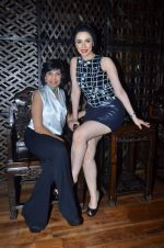 Nargis Bagheri with designer Mona Shroff at post party at China House on 3rd March 2012 (13).JPG