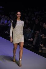 Mia walk the ramp for Payal Kapoor Show at lakme fashion week 2012 Day 5 in Grand Hyatt, Mumbai on 6th March 2012 (9).JPG
