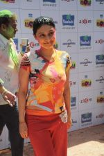 Ragini Khanna at Zoom Holi celebrations in Mumbai on 8th March 2012 (89).JPG