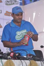 Virender Sehwag launches rasna in Mumbai on 10th March 2012 (58).JPG