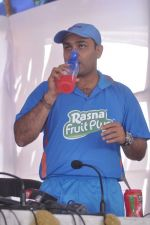 Virender Sehwag launches rasna in Mumbai on 10th March 2012 (66).JPG