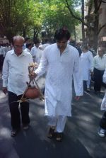 at joy mukherjee funeral in Mumbai on 10th March 2012 (85).JPG