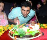Farzad Billimoria at Naughty at forty Hawain surprise birthday party by Amy Billimoria on 12th March 2012 (1).JPG