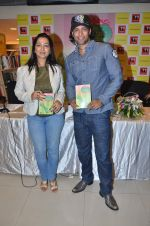 Akashdeep Saigal at the launch of Kiran Manrals book in Crossword, Juhu on 16th March 2012 (37).JPG