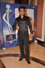 Navin Prabhakar at IBN 7 Super Idols in Taj Land_s End on 20th March 2012 (27).JPG