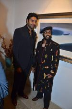 Abhishek Bachchan at Paresh Maity art event in ICIA on 22nd March 2012 (104).JPG