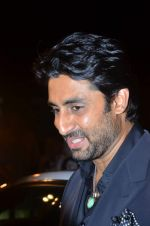 Abhishek Bachchan at Paresh Maity art event in ICIA on 22nd March 2012 (106).JPG