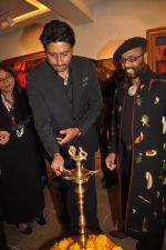 Abhishek Bachchan at Paresh Maity art event in ICIA on 22nd March 2012 (118).JPG