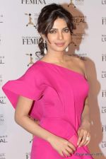 Priyanka Chopra at Loreal Femina Women Awards in Mumbai on 22nd March 2012 (265).JPG