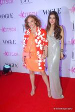 at DVF-Vogue dinner in Mumbai on 22nd March 2012 (338).JPG