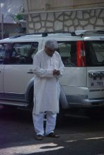 Javed Akhtar at Mona Kapoor funeral in Mumbai on 26th March 2012 (33).JPG
