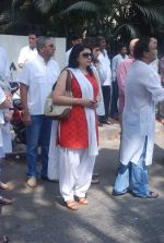Kiran Sippy at Mona Kapoor funeral in Mumbai on 26th March 2012 (95).JPG