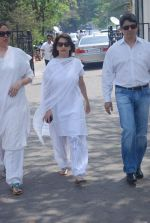 Madhuri Dixit at Mona Kapoor funeral in Mumbai on 26th March 2012 (188).JPG