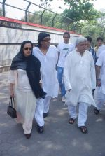 Ranjeet, Javed Akhtar at Mona Kapoor funeral in Mumbai on 26th March 2012 (129).JPG