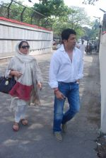 Shekhar Suman at Mona Kapoor funeral in Mumbai on 26th March 2012 (147).JPG