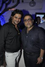 Kunal Ganjawala at UTVstars Walk of Stars after party in Olive, BAndra, Mumbai on 28th March 2012 (32).JPG
