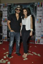 Amrita Puri, Kunal Khemu at Blood Money promotions in R city Mall on 29th March 2012 (57).JPG