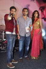 Emraan Hashmi, Kunal Deshmukh, Esha Gupta at Jannat 2 music launch on 3rd April 2012 (66).JPG