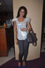 Chhavi Mittal at the Celebration of the Completion Party of 100 Episodes of PARVARISH�..kuch khatti kuch meethi in bowling alley on 7th April 2012 (35).JPG