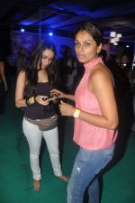 Shraddha Kapoor, Tejaswini Kolhapure at Sunburn in Juhu, Mumbai on 8th April 2012 (32).JPG