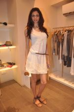 Simran Kaur Mundi at Marc Cain store in Juhu, Mumbai on 10th April 2012 (1).JPG
