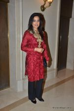 Sunita Menon at Manish Malhotra - Lilavati_s Save & Empower Girl Child show in Mumbai on 11th April 2012 (286).JPG