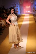 Anjana Sukhani walk the ramp for Nivedita Saboo Show at ABIL Pune Fashion Weekon 14th April 2012 (3).jpg