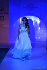 Gauhar Khan walk the ramp for Nitya Bajaj Show at ABIL Pune Fashion Weekon 14th April 2012 (2).JPG