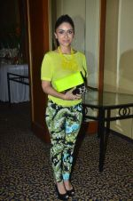 Zoa Morani at SNDT Chrysalis fashion show in Mumbai on 20th April 2012 (16).JPG