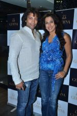sky with pooja at Gehna Jewellers celebrates 26years of excellence in Mumbai on 26th April 2012 (1).JPG