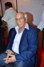 Yash Chopra at FWICE Golden Jubilee Anniversary in Andheri Sports Complex, Mumbai on 1st May 2012 (133).JPG