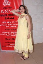 Smita Bansal at Urvee Adhikari_s collection preview in Hotel Sea Princess on 15th May 2012 (1).JPG