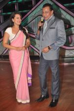 Sonakshi Sinha, Mithun Chakraborty promotes Rowdy Rathore on DID L_il Masters in Mumbai on 15th May 2012 (14).JPG
