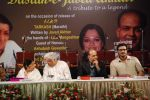 Ashutosh, Milind , Lata,Javed at Javed Akhtar_s Bestsellin_g Book Tarkash Launched in Marathi on 19th May 20.JPG