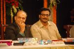 Ashutosh, Milind at Javed Akhtar_s Bestsellin_g Book Tarkash Launched in Marathi on 19th May 20112 (56).JPG