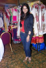 Rupali Suri at Canvas Summer collection by Urvee Adhikari in Mumbai on 19th May 2012 (94).JPG