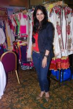 Rupali Suri at Canvas Summer collection by Urvee Adhikari in Mumbai on 19th May 2012 (96).JPG