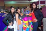 Rupali Suri, Urvee Adhikari at Canvas Summer collection by Urvee Adhikari in Mumbai on 19th May 2012 (126).JPG