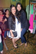 Rupali Suri, Urvee Adhikari at Canvas Summer collection by Urvee Adhikari in Mumbai on 19th May 2012 (135).JPG