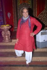 Surendra Pal at life ok new serial devon kedev mahadev shoot in Naigaon on 18th May 2012 (101).JPG