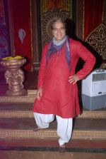 Surendra Pal at life ok new serial devon kedev mahadev shoot in Naigaon on 18th May 2012 (102).JPG