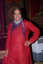 Surendra Pal at life ok new serial devon kedev mahadev shoot in Naigaon on 18th May 2012 (105).JPG